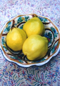Quinces in a bowl