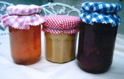 Quince Jelly, jam and Curd